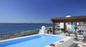 Rezidenční projekt v Estepona na Costa del Sol. První linii u pláže