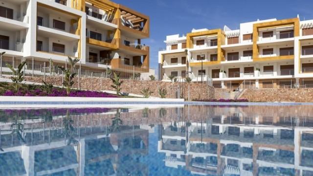 Nové apartmány na slunném pobřeží Španělska. U golfu i pláží